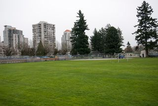 Photo 16: 305 580 TWELFTH STREET in New Westminster: Uptown NW Condo for sale : MLS®# R2062585