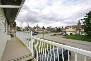 Photo 17: 17516 63RD AVENUE in Surrey: Cloverdale BC House for sale (Cloverdale)  : MLS®# R2148933