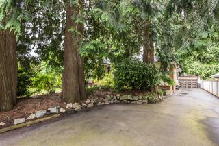 Photo 3: 2365 Grant Street in Abbotsford: House for sale