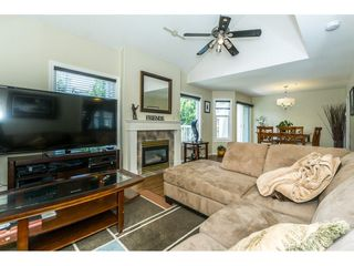 Photo 3: 28 9036 208 Street in Langley: Walnut Grove Townhouse for sale : MLS®# R2293277