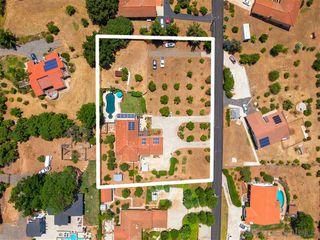 Photo 18: SOUTHEAST ESCONDIDO House for sale : 5 bedrooms : 1345 Loma de Naranjas in Escondido