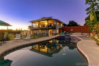 Photo 2: SOUTHEAST ESCONDIDO House for sale : 5 bedrooms : 1345 Loma de Naranjas in Escondido