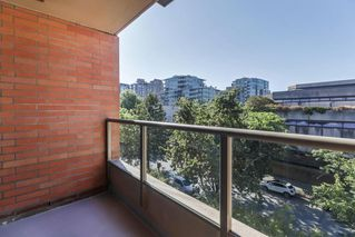 """Photo 9: 503 2201 PINE Street in Vancouver: Fairview VW Condo for sale in """"Meridian Cove"""" (Vancouver West)  : MLS®# R2481546"""