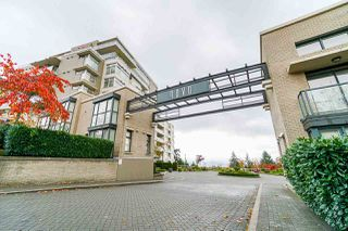 Photo 1: 801 9288 UNIVERSITY Crescent in Burnaby: Simon Fraser Univer. Condo for sale (Burnaby North)  : MLS®# R2499552
