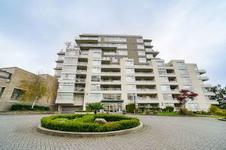 Photo 3: 801 9288 UNIVERSITY Crescent in Burnaby: Simon Fraser Univer. Condo for sale (Burnaby North)  : MLS®# R2499552