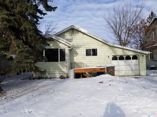 Photo 1: 907 103rd Avenue in Tisdale: Residential for sale : MLS®# SK833375