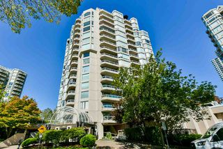 "Photo 6: 1501 1065 QUAYSIDE Drive in New Westminster: Quay Condo for sale in ""Quayside Tower 2"" : MLS®# R2518489"