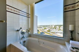 "Photo 34: 1501 1065 QUAYSIDE Drive in New Westminster: Quay Condo for sale in ""Quayside Tower 2"" : MLS®# R2518489"