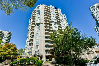 "Photo 5: 1501 1065 QUAYSIDE Drive in New Westminster: Quay Condo for sale in ""Quayside Tower 2"" : MLS®# R2518489"