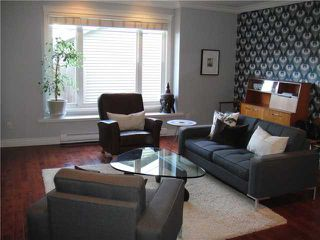 Photo 4: 1031 E 13TH Avenue in Vancouver: Mount Pleasant VE 1/2 Duplex for sale (Vancouver East)  : MLS®# V930003