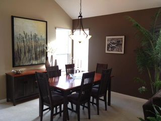 """Photo 3: 19 4055 INDIAN RIVER Drive in North Vancouver: Indian River Townhouse for sale in """"THE WINCHESTER"""" : MLS®# V931998"""
