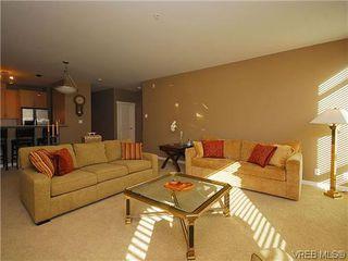 Photo 4: 206 330 Waterfront Cres in VICTORIA: Vi Rock Bay Condo Apartment for sale (Victoria)  : MLS®# 628331