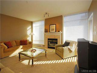 Photo 3: 206 330 Waterfront Cres in VICTORIA: Vi Rock Bay Condo Apartment for sale (Victoria)  : MLS®# 628331
