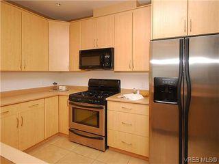 Photo 10: 206 330 Waterfront Cres in VICTORIA: Vi Rock Bay Condo Apartment for sale (Victoria)  : MLS®# 628331