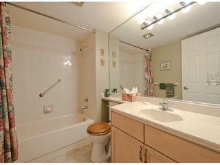 "Photo 9: # 204 1441 BLACKWOOD ST: White Rock Condo for sale in """"The Capistrano"""" (South Surrey White Rock)  : MLS®# F1306479"
