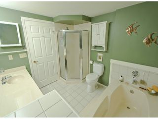 "Photo 8: # 204 1441 BLACKWOOD ST: White Rock Condo for sale in """"The Capistrano"""" (South Surrey White Rock)  : MLS®# F1306479"