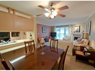 "Photo 2: # 204 1441 BLACKWOOD ST: White Rock Condo for sale in """"The Capistrano"""" (South Surrey White Rock)  : MLS®# F1306479"