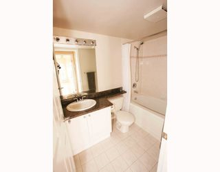 """Photo 1: # 104 1562 W 5TH AV in Vancouver: False Creek Condo for sale in """"GRYPHON COURT"""" (Vancouver West)  : MLS®# V704834"""