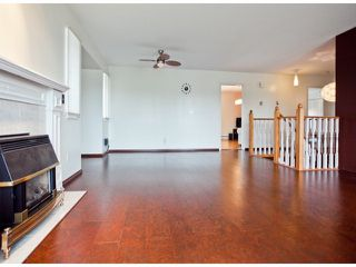 """Photo 3: 18865 61A Avenue in Surrey: Cloverdale BC House for sale in """"Falcon Ridge"""" (Cloverdale)  : MLS®# F1312984"""