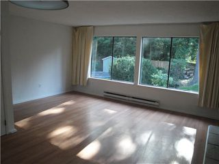 Photo 3: 1781 RUFUS Drive in North Vancouver: Westlynn House 1/2 Duplex for sale : MLS®# V1027417