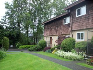 Photo 4: 7474 13 Avenue in BURNABY: Edmonds BE Townhouse for sale (Burnaby East)  : MLS®# V956946