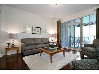 Photo 4: # 205 16433 64 AV in Surrey: Cloverdale BC Condo for sale (Cloverdale)  : MLS®# F1436529