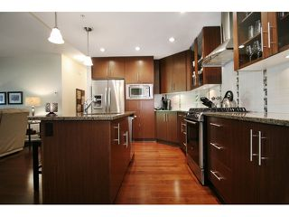 Photo 9: # 205 16433 64 AV in Surrey: Cloverdale BC Condo for sale (Cloverdale)  : MLS®# F1436529