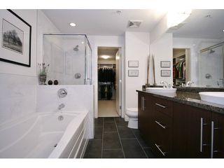 Photo 16: # 205 16433 64 AV in Surrey: Cloverdale BC Condo for sale (Cloverdale)  : MLS®# F1436529