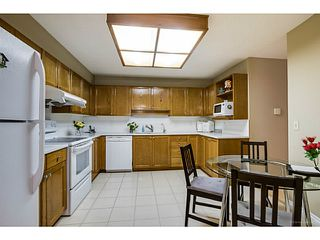 Photo 6: # 214 6735 STATION HILL CT in Burnaby: South Slope Condo for sale (Burnaby South)  : MLS®# V1129105