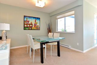 Photo 6: 401 15941 Marine Drive: White Rock Condo for sale (South Surrey White Rock)  : MLS®# R2048515