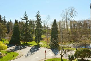 Photo 17: 401 15941 Marine Drive: White Rock Condo for sale (South Surrey White Rock)  : MLS®# R2048515