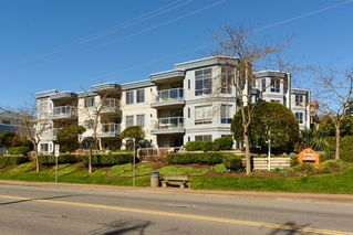 Photo 1: 401 15941 Marine Drive: White Rock Condo for sale (South Surrey White Rock)  : MLS®# R2048515