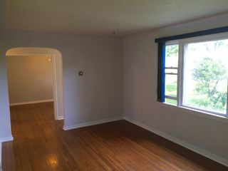 Photo 3: 11202 131 Street NW: Edmonton House for sale