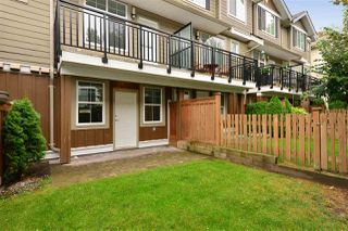Photo 19: 65 3009 156 STREET in Surrey: Grandview Surrey Townhouse for sale (South Surrey White Rock)  : MLS®# R2103635