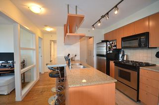 Photo 8: 501 1495 RICHARDS STREET in Vancouver: Yaletown Condo for sale (Vancouver West)  : MLS®# R2137115