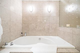 Photo 17: 2411 W 1ST AVENUE in Vancouver: Kitsilano Townhouse for sale (Vancouver West)  : MLS®# R2140613