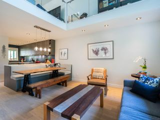 Photo 2: 412 1345 COMOX STREET in Vancouver: West End VW Condo for sale (Vancouver West)  : MLS®# R2286410