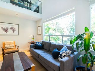 Photo 1: 412 1345 COMOX STREET in Vancouver: West End VW Condo for sale (Vancouver West)  : MLS®# R2286410
