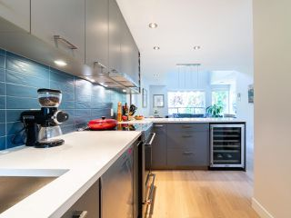 Photo 11: 412 1345 COMOX STREET in Vancouver: West End VW Condo for sale (Vancouver West)  : MLS®# R2286410