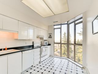 Photo 9: 903 6888 STATION HILL DRIVE in Burnaby: South Slope Condo for sale (Burnaby South)  : MLS®# R2336364