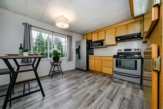 "Photo 10: 117 145 KING EDWARD Street in Coquitlam: Maillardville Manufactured Home for sale in ""MILL CREEK VILLAGE"" : MLS®# R2408548"