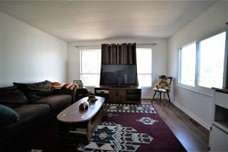Photo 12: 3 Meadow Drive in Edmonton: Zone 42 Mobile for sale : MLS®# E4194777