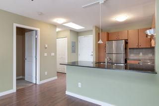 "Photo 10: 444 27358 32 Avenue in Langley: Aldergrove Langley Condo for sale in ""Willow Creek"" : MLS®# R2463886"