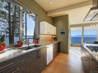 Photo 13: 7703 West Coast Rd in Sooke: Sk West Coast Rd Single Family Detached for sale : MLS®# 836754