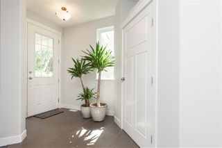 """Photo 4: 2127 ZINFANDEL Drive in Abbotsford: Aberdeen House for sale in """"Pepin Brook"""" : MLS®# R2490632"""