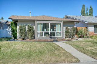 Photo 2: 175 MIDBEND Crescent SE in Calgary: Midnapore Detached for sale : MLS®# A1032788