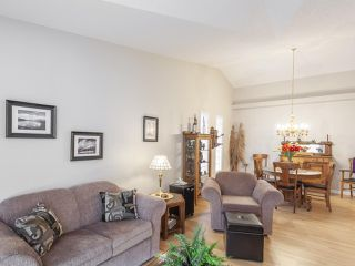 Photo 6: 46 303 TWIN BROOKS Drive in Edmonton: Zone 16 House Half Duplex for sale : MLS®# E4217635
