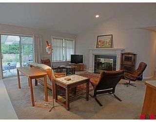 Photo 4: 2385 130 Street in Huntington Park: Home for sale : MLS®# F2918381