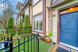 """Photo 2: 108 5588 PATTERSON Avenue in Burnaby: Central Park BS Townhouse for sale in """"DECORUS"""" (Burnaby South)  : MLS®# R2528364"""