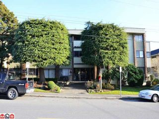 "Photo 1: 204 1320 FIR Street: White Rock Condo for sale in ""THE WILLOWS"" (South Surrey White Rock)  : MLS®# F1223733"
